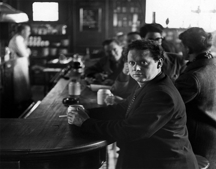 Dylan Thomas photograph by Bunny Adler at the White Horse Tavern, New York City, [1952]
