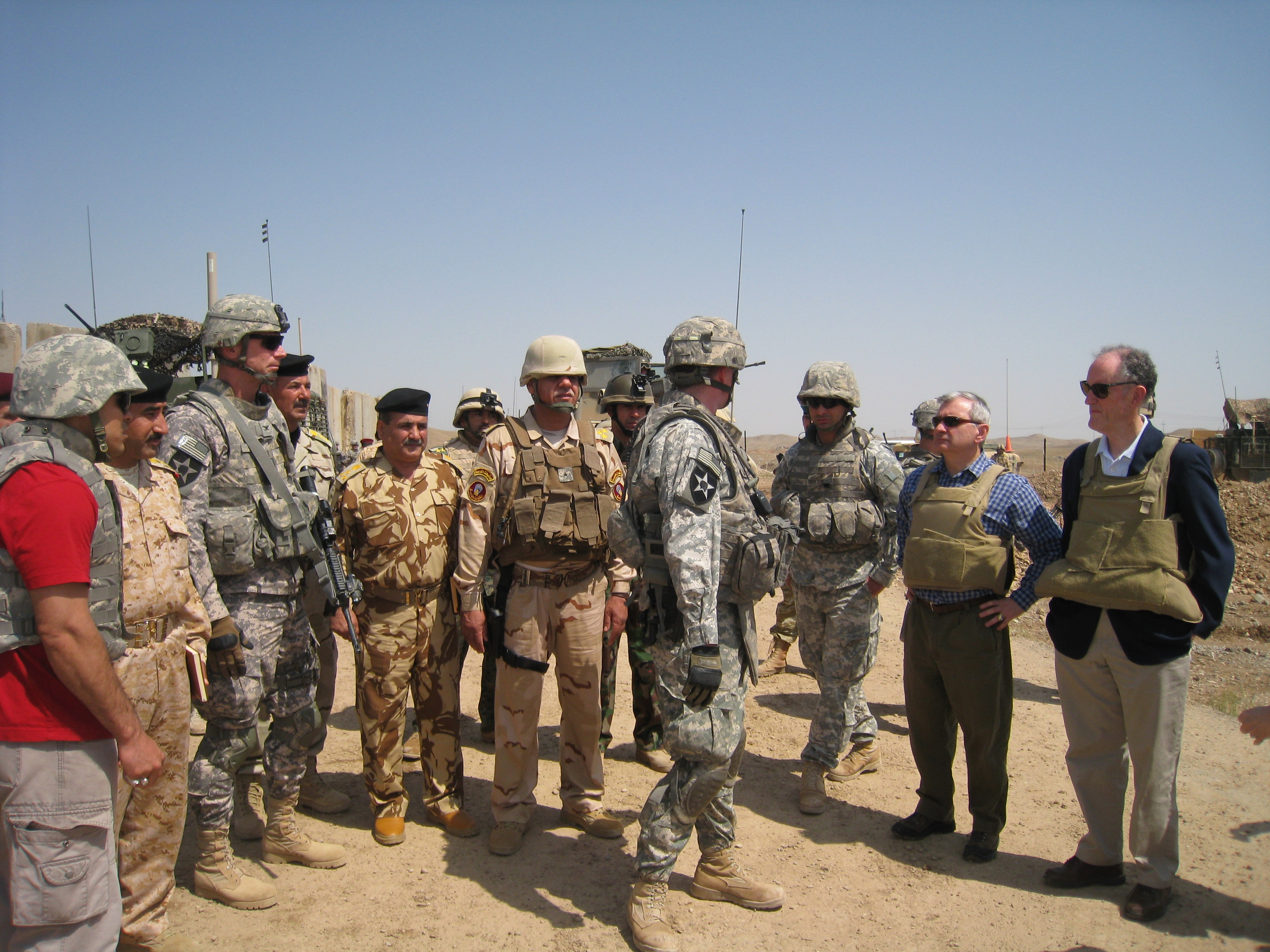 Photograph with troops in Iraq, 2010 March