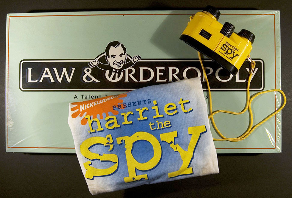 T-shirt and toy spy binoculars (movie memorabilia) for Harriet the Spy, 1996