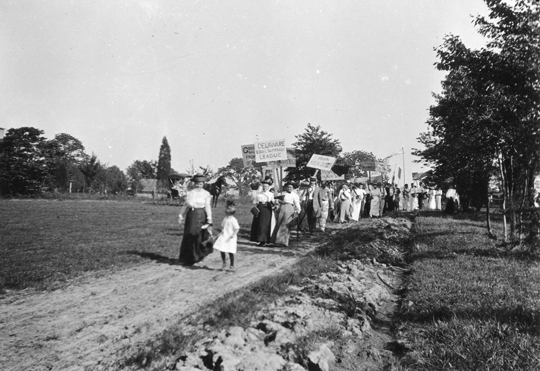 Photographic postcard (enlarged) of Arden Suffrage Parade, circa 1913. Facsimile image courtesy of Arden Craft Shop Museum